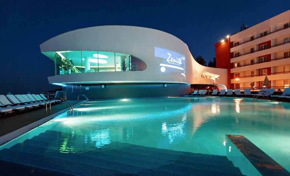 piscine Htl Zenith